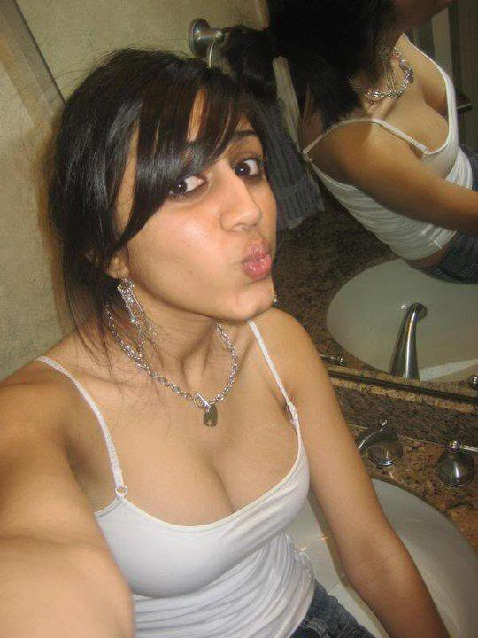 Cute Indian Teen Girls Pic,..