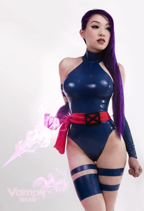 Cosplay in suits of latex (photos).
