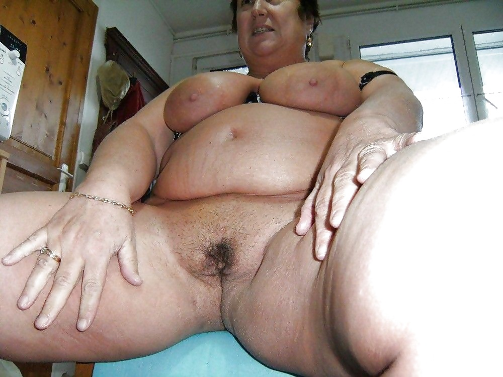 Old granny bbw blowjob