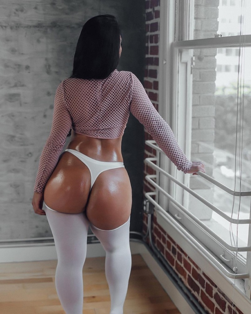Milf booty
