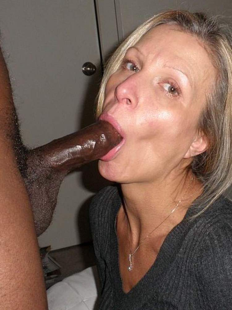 Ella anal milf
