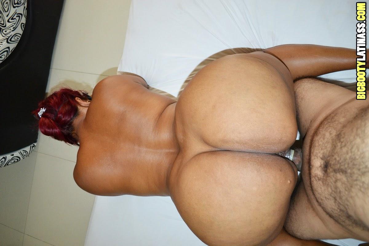 Big Ass Latina Scissoring