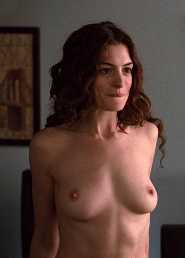 Celebs Nudes Pics: Anne Hathaway..
