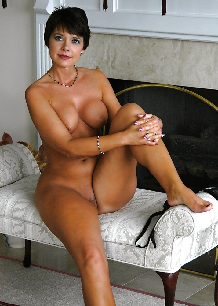 Hot short hair big tit girls nude..