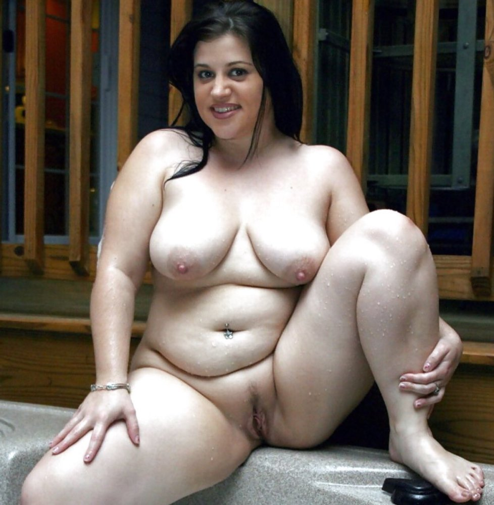 Thick women naked pics