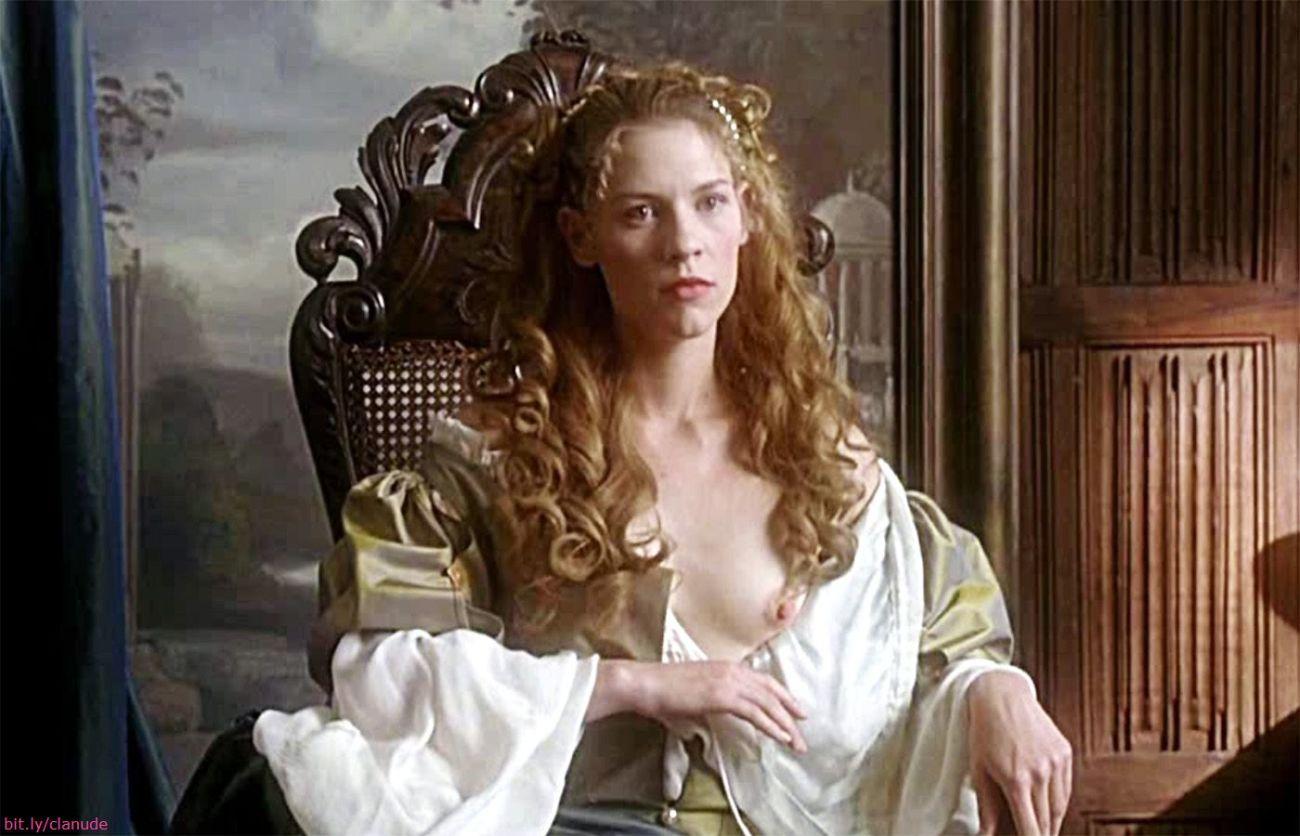 Claire Danes Nude